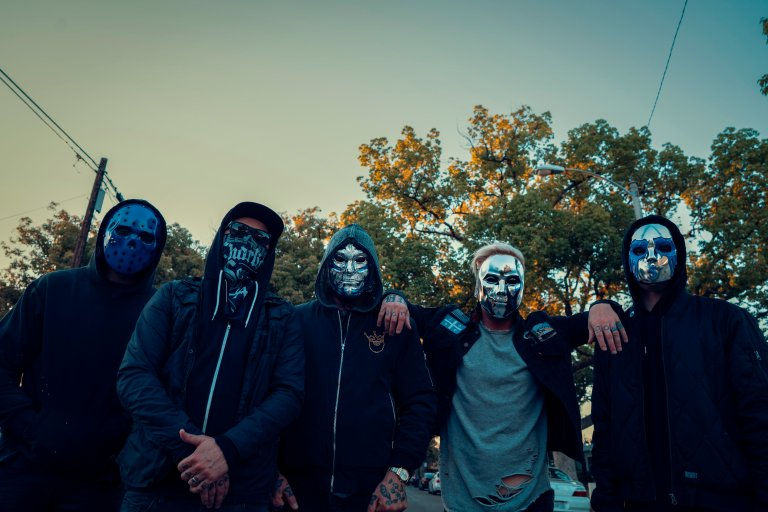 Hollywood_Undead_Band_Photo_Blue_Masks